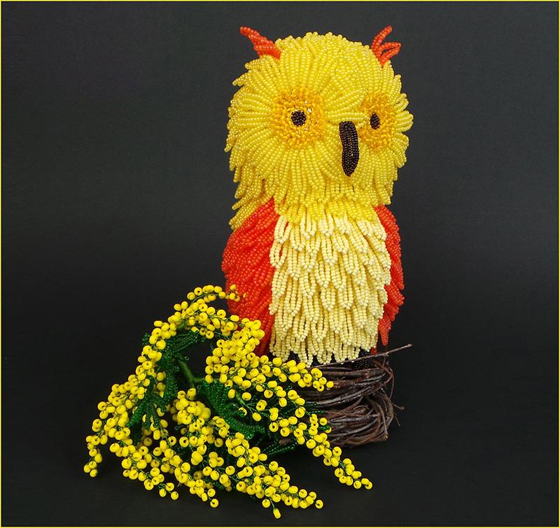 Игрушка Совенок из бисера